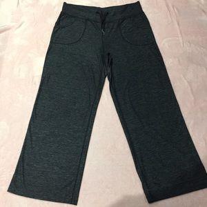 Lululemon wide leg pants size 8